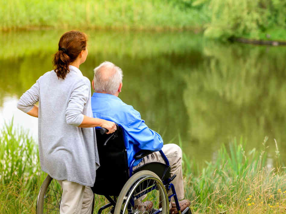 забота в частном доме престарелых