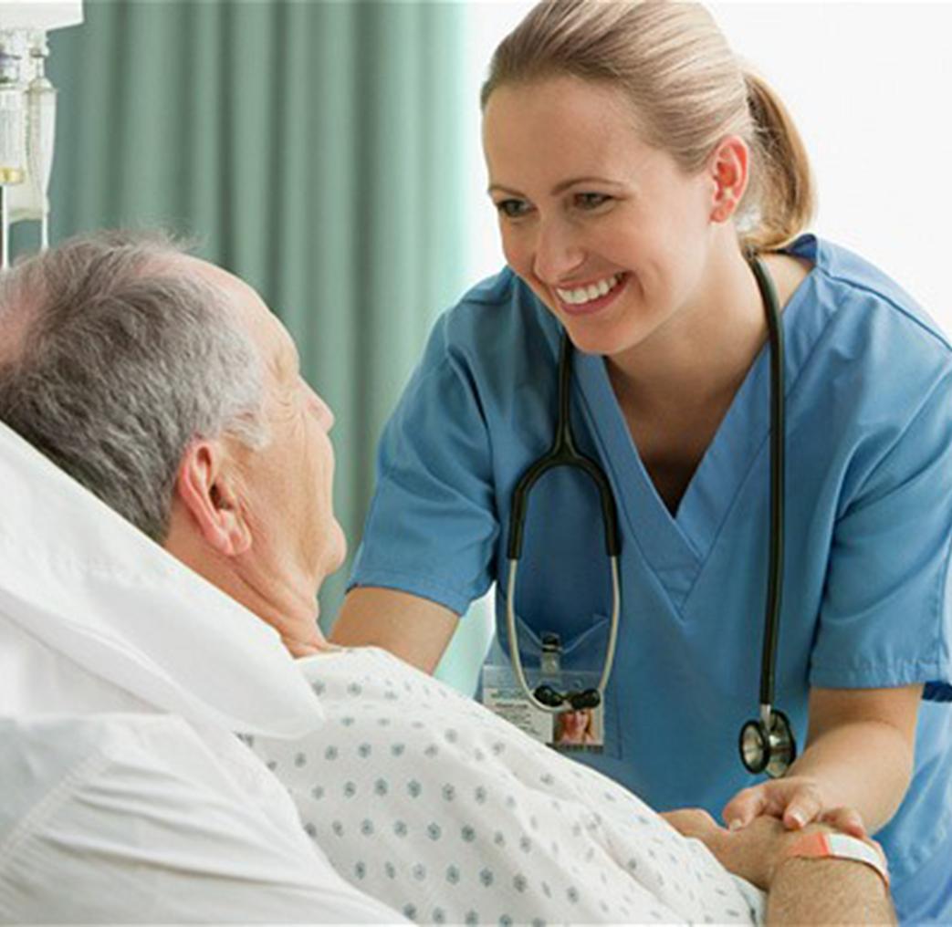 помощь лежачему больному