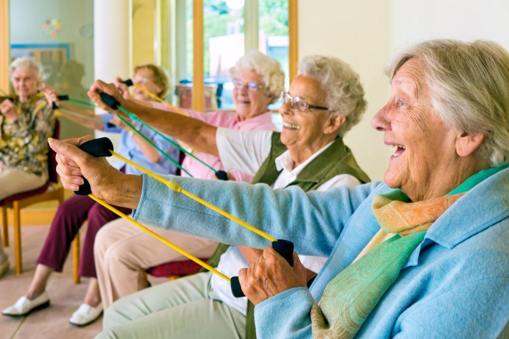 занятия пожилых людей